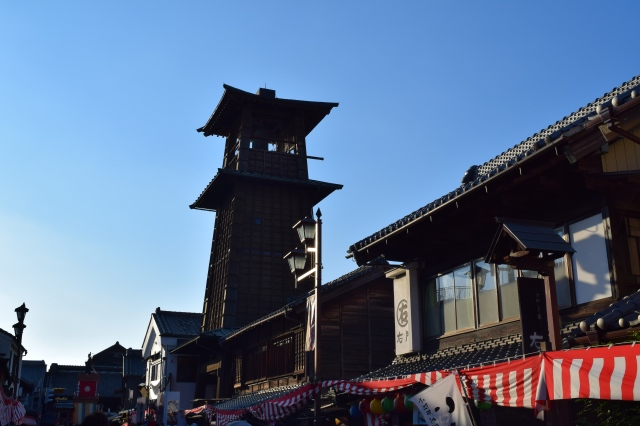The Bell of Time (時の鐘) is a bell tower originally built between 1624 and 1644.