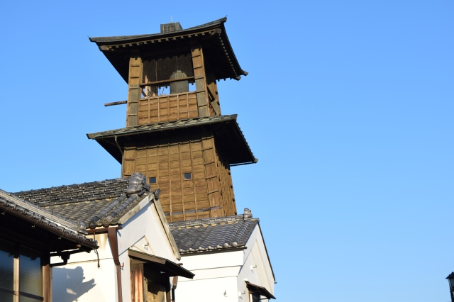 The bell tower was rebuilt in 1894, a year after the Great Fire of Kawagoe.